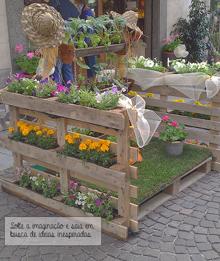 Mas de 50 ideas para decorar el jard n en navidad for Decoracion palets jardin